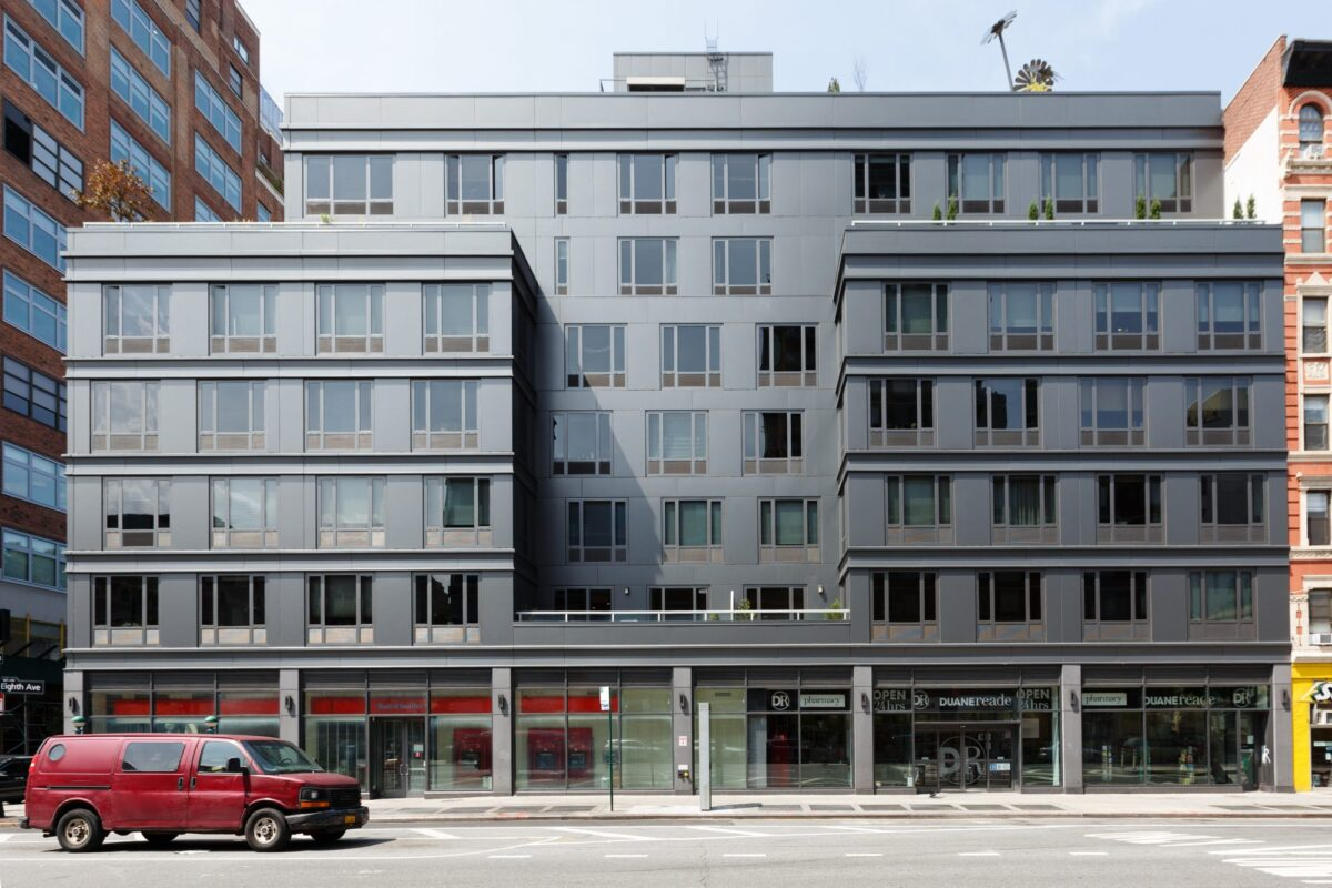 305W16 Mixed-Use Complex